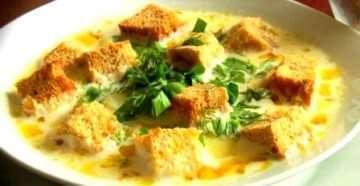 Рецепт сливочно-сырного супа с ветчиной и сухариками